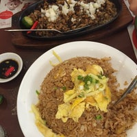 Photo taken at Bacolod Chicken Inasal by Paulieastridge on 9/2/2015