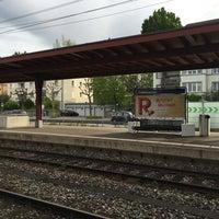 Photo taken at Bahnhof Zürich Tiefenbrunnen by Beum T. on 5/9/2016