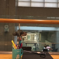 Photo taken at Yonsei University Samsung Library by SEEFAH🐣 on 10/13/2016
