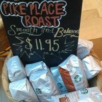 Photo taken at Starbucks by π on 9/14/2012