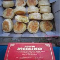 Photo taken at Merlino Bakery, Tart & Bakpia by Putri on 9/23/2012