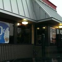 Photo taken at Burger King by Liz E. on 10/12/2013