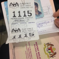 Photo taken at Immigration Department Malaysia by Khu I. on 1/19/2015
