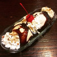 Photo taken at Farrell's Ice Cream Parlor & Restaurant by 808Plate on 7/18/2015