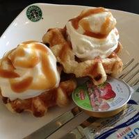 Photo taken at Starbucks by Bianca D. on 1/6/2013