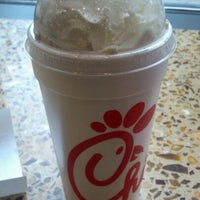 Photo taken at Chick-fil-A Loyola Water Tower In-Line by Martel J. on 2/13/2012