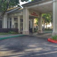 Photo taken at Hilton Garden Inn by Spencer S. on 5/24/2016