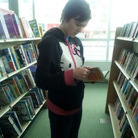 Photo taken at Barnes & Noble by Erin K. on 12/19/2013