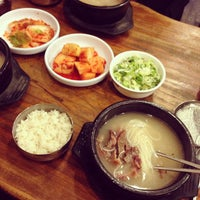 Photo taken at 백송설렁탕 by Inseong C. on 10/3/2013