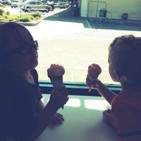 Photo taken at Baskin-Robbins by Mariesa on 7/15/2012