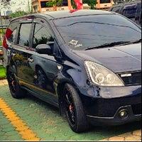 Photo taken at Nissan Arengka by chantika s. on 8/15/2013