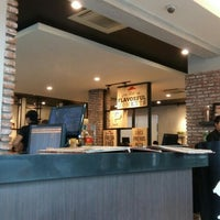 Photo taken at Pizza Hut by Wirawan A. on 6/30/2016