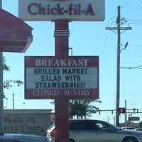 Photo taken at Chick-fil-A by Hoteech 1. on 10/22/2013