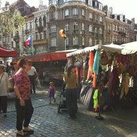 Photo taken at Marché de la place van Meenen / Markt van Meenenplein by Jean-Sebastien L. on 7/8/2013