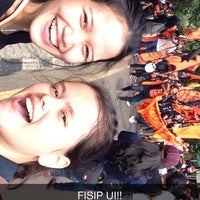 Photo taken at Fakultas Ilmu Sosial dan Ilmu Politik by Gretha B. on 10/31/2014
