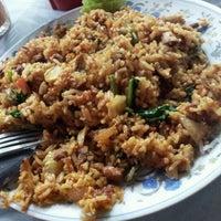 Photo taken at Restoran PKS Maju by Joanne on 12/10/2012