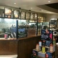 Photo taken at Starbucks by Neto H. on 1/26/2015