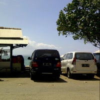 Photo taken at Krisna Beach Hotel by lamhot o. on 9/14/2013