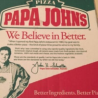 Photo taken at Papa John's by Mohamed A. on 5/13/2016