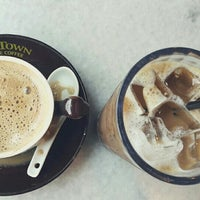 Photo taken at OldTown White Coffee by Prisoner on 7/6/2016
