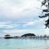 Photo taken at Manukan Island by Benn Azis A. on 5/26/2013
