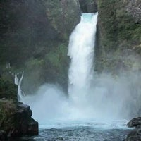 Photo taken at Salto Huilo Huilo by Angyy R. on 4/29/2014