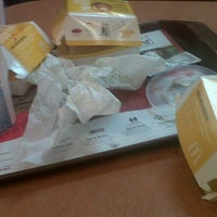 Photo taken at McDonald's by Lautaro V. on 8/4/2012
