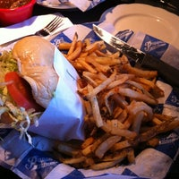 Photo taken at Pappas Burger by Natalia on 7/20/2012