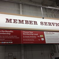 Photo taken at BJ's Wholesale Club by Catherine on 9/1/2012