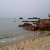 Photo taken at Ramunia Beach Resort @ Teluk Ramunia by Mohamad noor J. on 6/2/2012