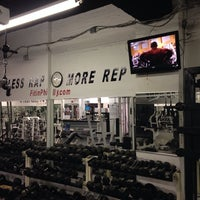 Photo taken at Fit Gym by Postiv3 C. on 12/4/2013