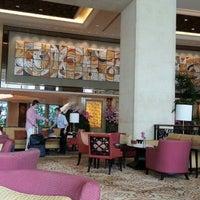Photo taken at Shangri-La Hotel, Bangkok by Chatree S. on 10/12/2012