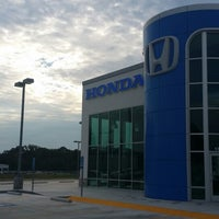 Photo taken at Loving Honda by Edward S. on 9/27/2014