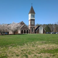 Photo taken at Kennesaw United Methodist Church (UMC) by Cassandra B. on 3/30/2014