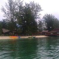 Photo taken at Derawan Beach Cafe & Cottage by firman f. on 5/17/2013