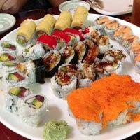 Photo taken at Momo Sushi & Cafe by Vaquita M. on 5/13/2013