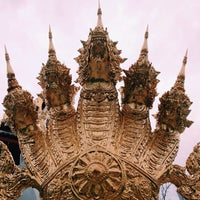 Photo taken at Wat Mongkoltepmunee (Thai Buddhist Temple) by Chaan O. on 12/2/2014