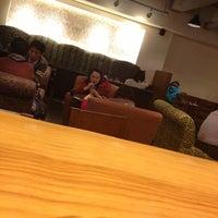 Photo taken at Starbucks by Jae Hyun K. on 10/30/2012