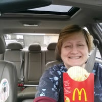 Photo taken at McDonald's by Cathe T. on 12/28/2013