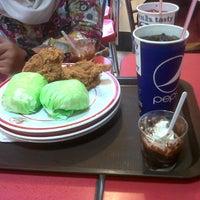 Photo taken at KFC by Gita Ayu W. on 9/8/2014