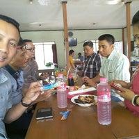 Photo taken at Sate Sapi Pak Kempleng 2 by Agung D. on 1/21/2016