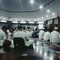 Photo taken at Masjid Babussalam by Dani S. on 11/5/2016