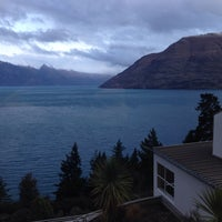 Photo taken at Mercure Resort Queenstown by S. L. on 9/10/2015