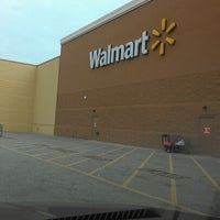 Photo taken at Walmart Supercenter by King👑💵 on 11/15/2012