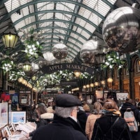 Photo taken at Covent Garden by AAmoolh . on 12/2/2016
