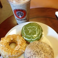 Photo taken at J.Co Donuts & Coffee by Danny G. on 7/21/2013