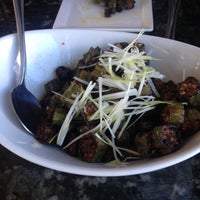 Photo taken at Maple Ave Restaurant by D.P. V. on 10/26/2013