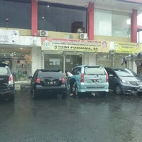 Photo taken at Super Indo Cirendeu by j p. on 11/15/2013