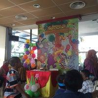 Photo taken at McDonald's by Lita A. on 7/22/2016