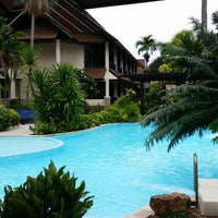 Photo taken at Phi Phi Banyan Villas by Mari Annielette O. on 6/12/2014